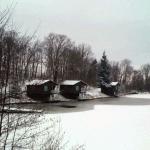 Les chalets du Périgord sous la neige