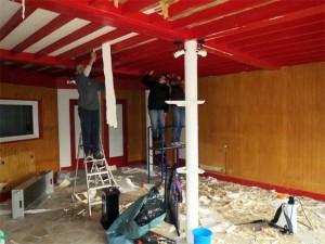Les filles préparent le plafond