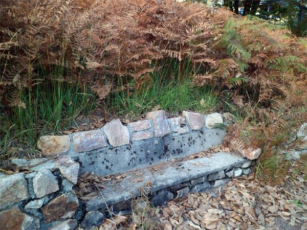 Un banc en pierre - Parenthèses imaginaires