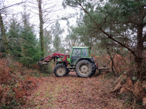 Le tracteur et son chargeur