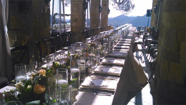 Une grande table très chic