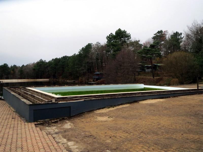 Une piscine sans barrière