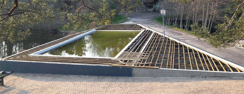 La piscine en cours de rénovation