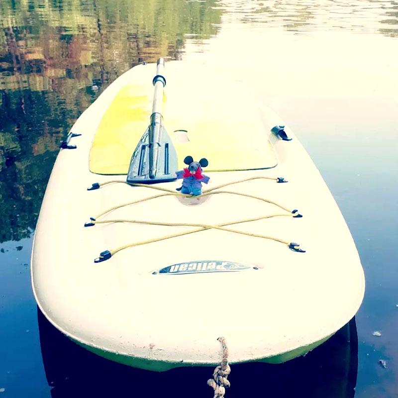 Gilbert Mulot fait du paddle